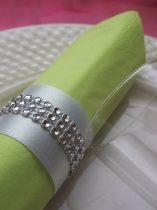 strasszos szalvétagyűrű, fehér-ezüst