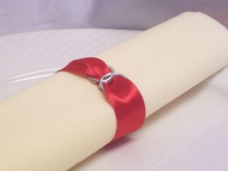 szatén szalvétagyűrű gyűrűpárral. piros 10db/cs