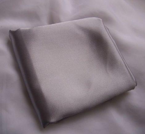 ezüst szatén selyem (1,5 m széles)