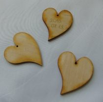 szív fából (4x5 cm), 10 db