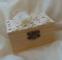 gyűrűtartó dobozka, csipkés-(9*6*5 cm)