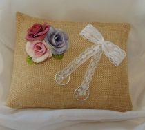 Vintage rózsás, esküvői gyűrűpárna