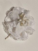 Esküvői kitűző mirtusszal (6 cm)