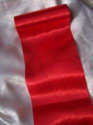 Szatén selyem futó dekoranyag (15 cm széles)