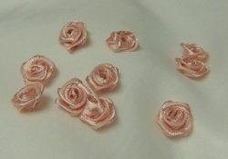 Rózsafejek (szatén)